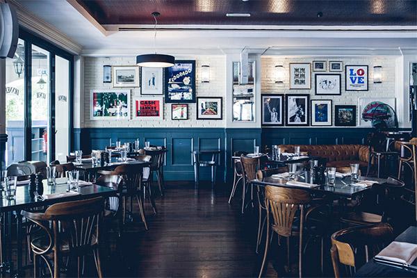 Empty_restaurant_COVid_TPCI
